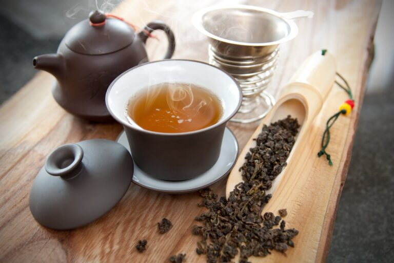 Oolong Tea: A Complete Guide On Benefits, Varieties, Detox And Weight Loss