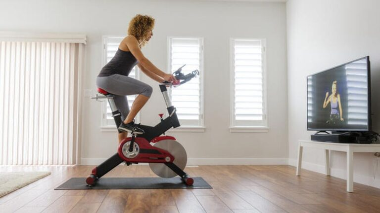 Recumbent Bike Vs Spin Bike – The Age Old Conflict Solved